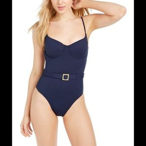 🌺We wore what swim suit